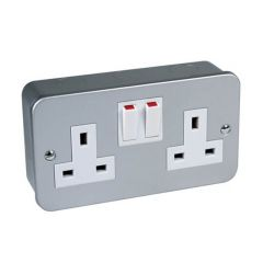 Switched Socket Outlet - 13A, 2 Gang